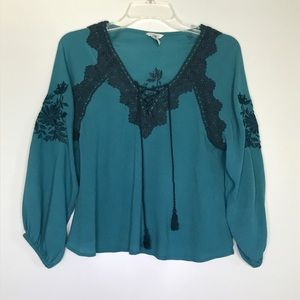 FOREVER 21 Embroidered Boho Blouse Size Small